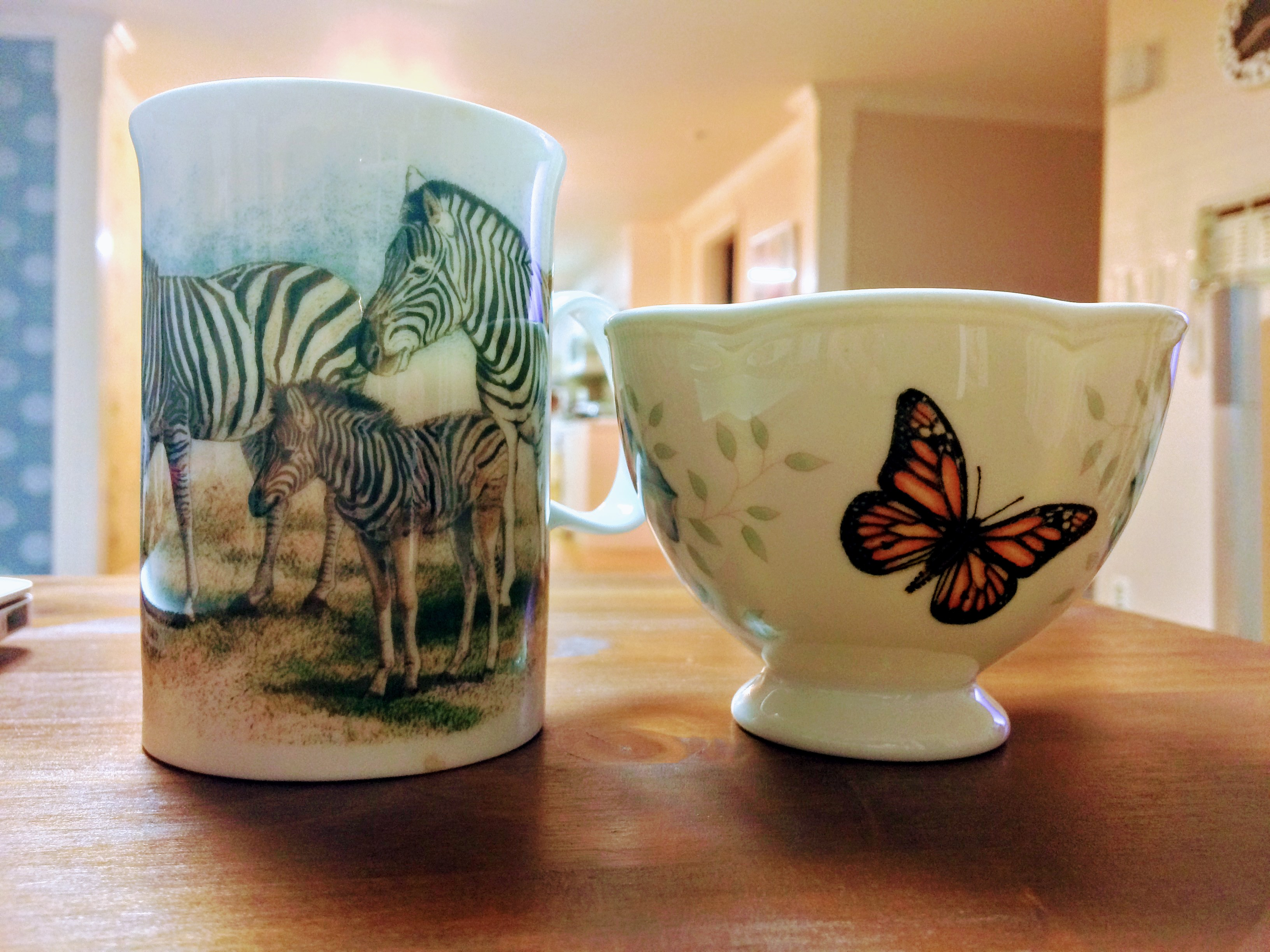 Zebra mug & Butterfly cup; Image ONLY